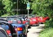 Mazda MX-5: il viaggio al raduno del record in Olanda - Video