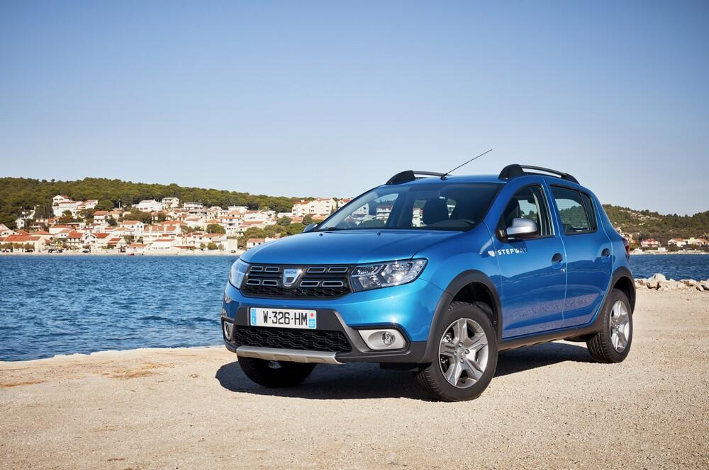 Dacia Sandero Restyling 2017 Video Primo Test Prove