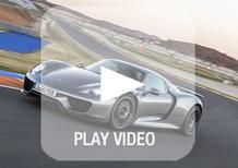 Porsche 918 Spyder: eccola in azione tra i cordoli. Che sound!
