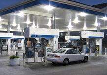 Benzina, arriva l'ennesima accisa: nuovi aumenti da sabato 1 marzo
