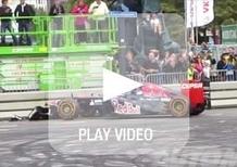 Verstappen, in F1 a 17 anni: incidente durante uno show per la Toro Rosso [video]
