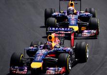 F1 Abu Dhabi 2014, clamoroso: squalificate le due Red Bull, l'ala flette!