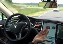 Tesla, Musk: «Guida autonoma entro 6 mesi al massimo»