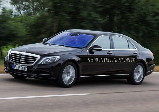 Uber-Daimler: nuovo accordo per il futuro della mobilità