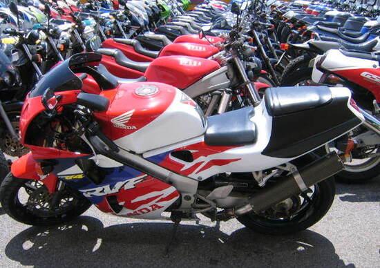 Vendita moto usate in calo a gennaio news for Moto usate in regalo