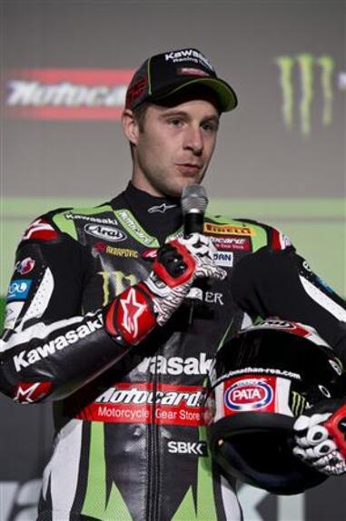 SBK. Presentato a Barcellona il Kawasaki Racing Team (2)