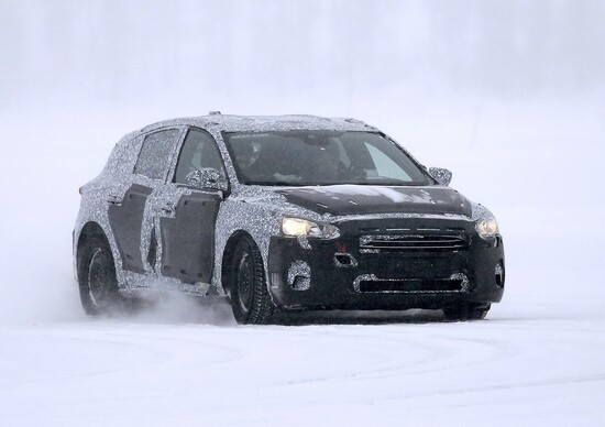 Nuova Ford Focus: altre immagini dai test