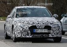Nuova Audi A4: i fari anteriori hanno gli spigoli vivi