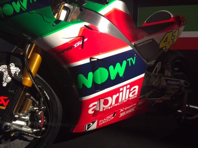 MotoGP 2017. Presentato il team Aprilia (4)