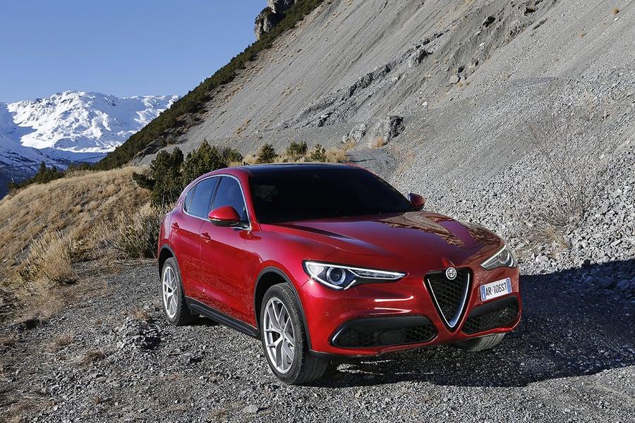 Alfa Romeo Stelvio (2017->>) (5)