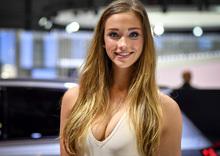 Salone di Ginevra 2017: le ragazze più belle! [Gallery]