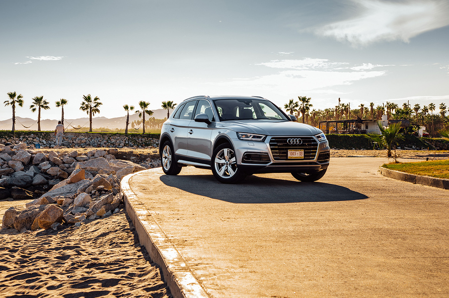 Audi Q5 35 TDI quattro S tronic Business Design