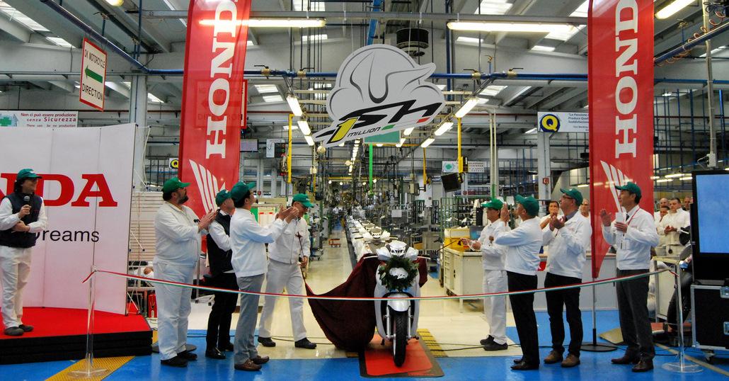Honda SH: il primo milione di Atessa